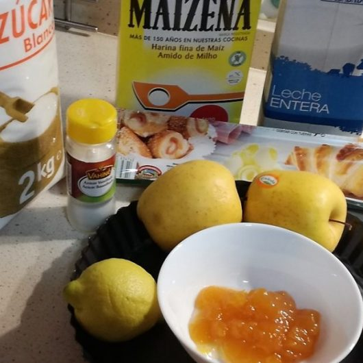 Ingredientes para hacer la tarta de manzana