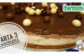 Una rica tarta de tres chocolates hecha con Thermomix.