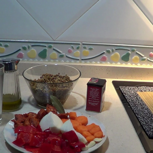 los ingredientes para hacer las lentejas con chorizo.