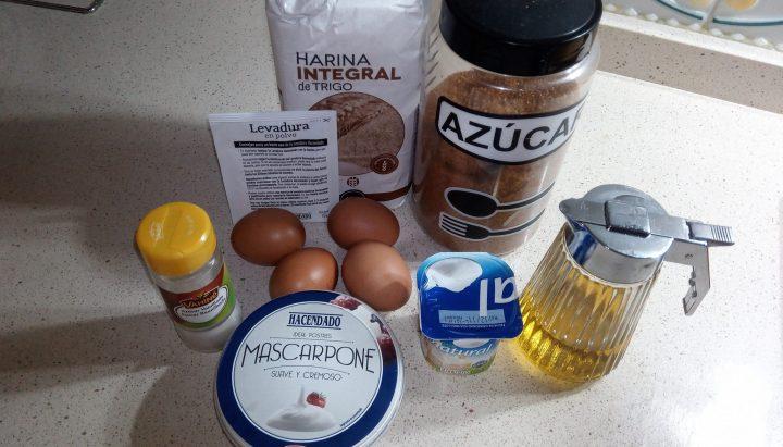 Ingredientes para hacer el bizcocho integral al varoma.
