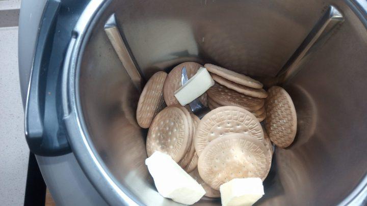 Galletas y mantequilla para mezclar en la Thermomix.