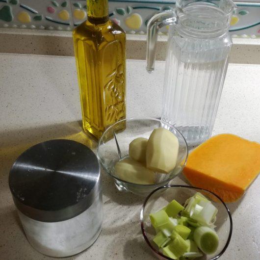 Ingredientes para hacer la crema de calabaza en Thermomix tm5