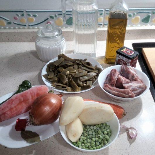 Ingredientes para hacer menestra de verduras y costillas en Thermomix