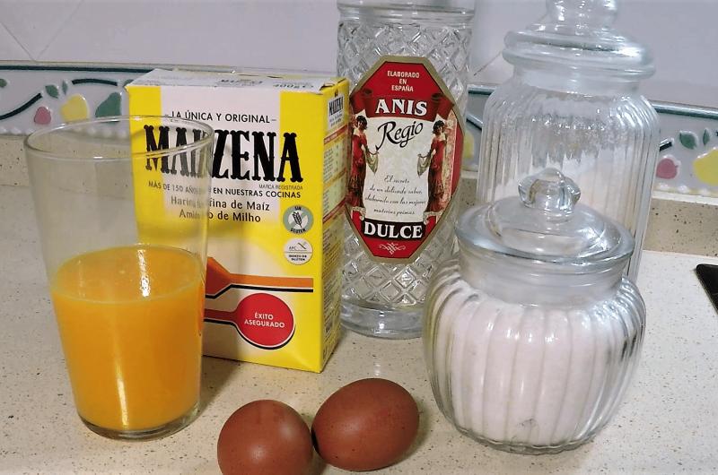 Ingredientes para hacer el mousse de naranja en Theromix