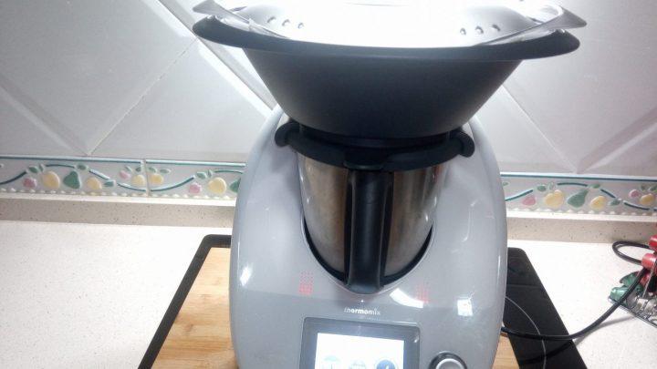Varoma Thermomix para hacer bizcocho