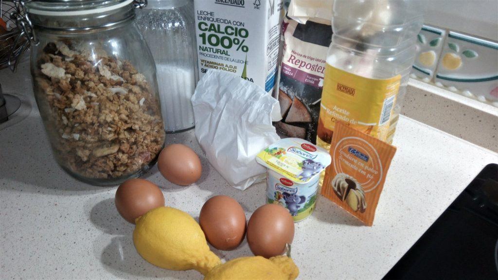 Ingredientes para hacer el bizcocho de muesli y limón en Thermomix