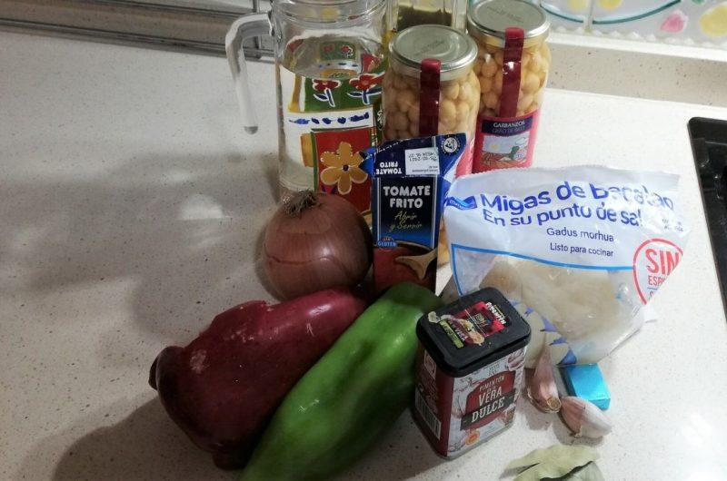 Ingredientes para hacer potaje de garbanzos en Thermomix