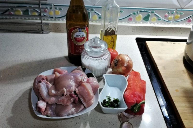 Ingredientes para hacer pollo a la cerveza con Olla Gm