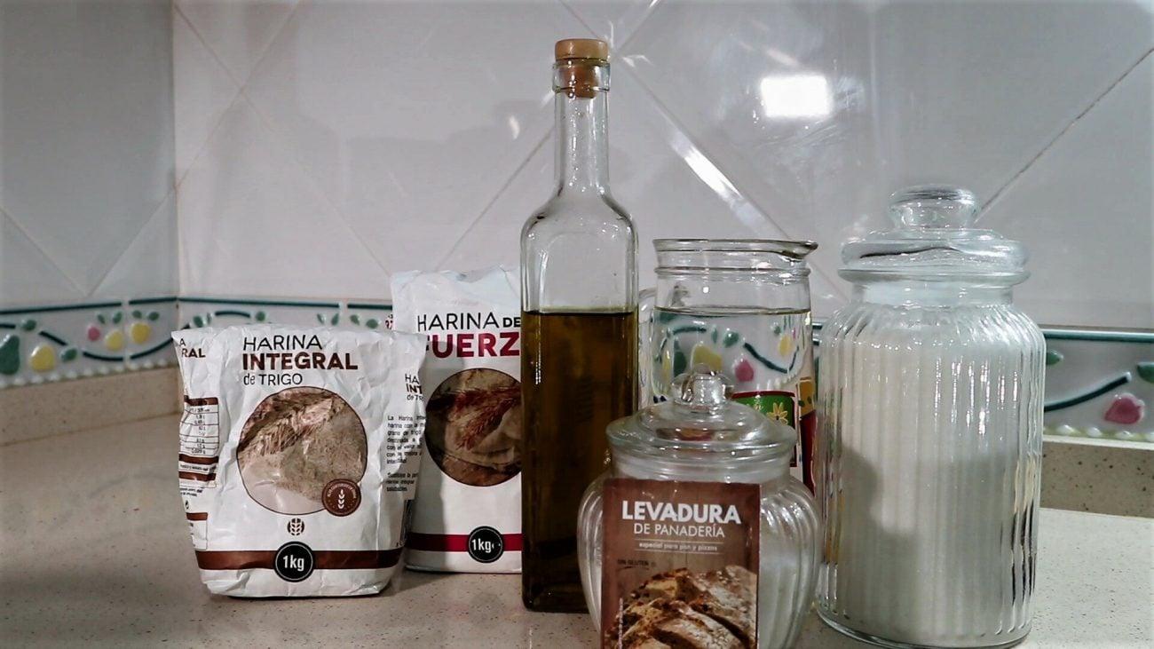Ingredientes para hacer pan integral en Thermomix