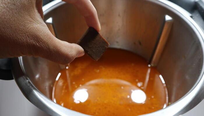 Caldo de calabacin con garbanzos en Thermomix