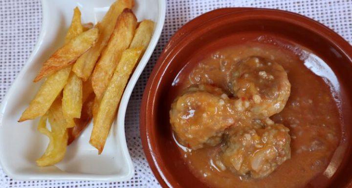 Cómo hacer albóndigas con patatas en Mambo
