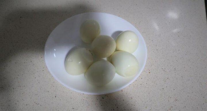 Como hacer huevos cocidos con Mambo