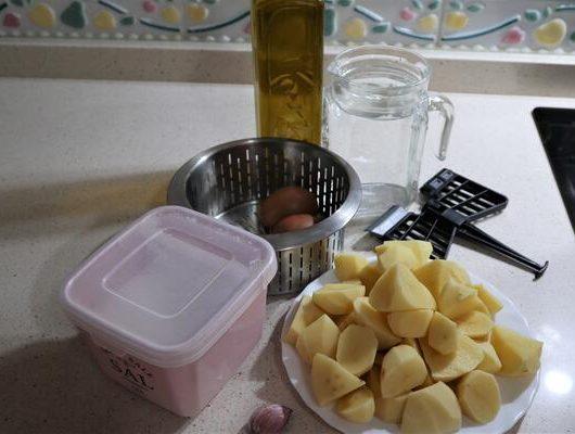 Que ingredientes necesito para hacer puré de patatas en Mambo