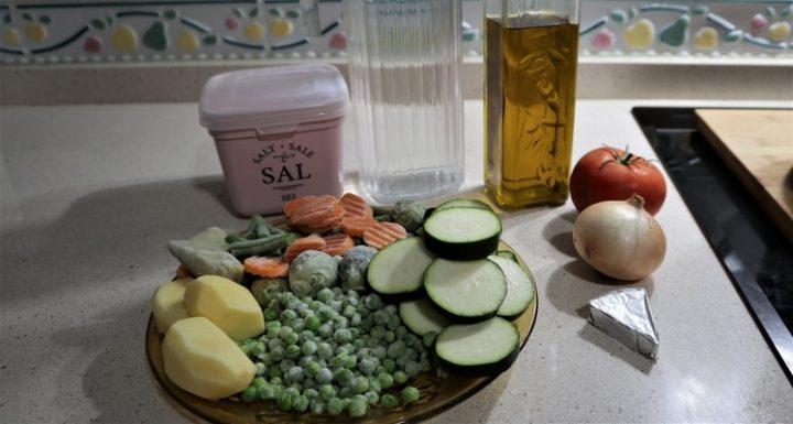 Los ingredientes necesarios para hacerpuré de verdura con Mambo