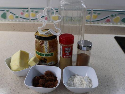 Ingredientes para hacer galletas de jengibre