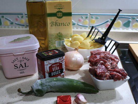 Ingredientes necesarios para hacer la receta de carne guisada con Mycook