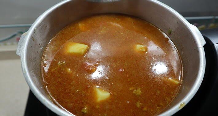 preparado el guiso de carne en Mambo