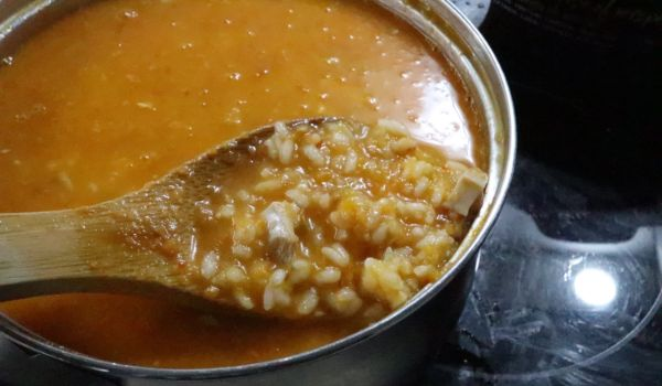 Receta de arroz con pollo y verduras terminada