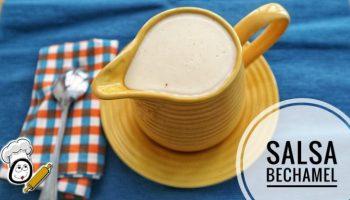 Recipiente con la salsa Bechamel