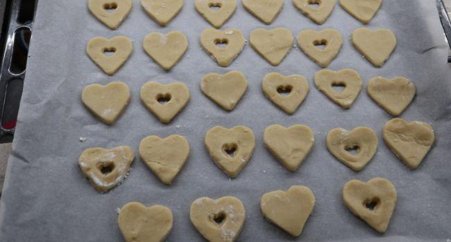 Metemos en el horno y horneamos las galletas