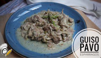 Cómo hacer la receta de espárragos trigueros con carne de pavo en guiso
