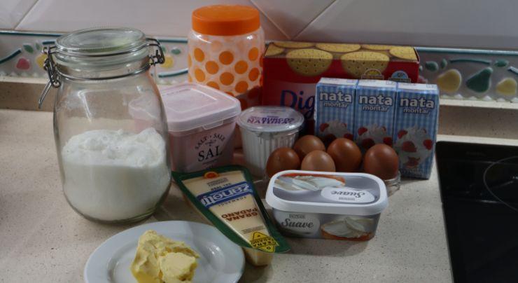 Los ingredientes necesarios para hacer la tarta de queso de la pedroche en Thermomix