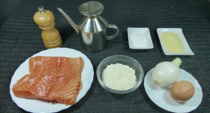 Los ingredientes necesarios para hacer la bolas de salmón