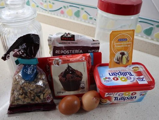 Los ingredientes necesarios para hacer brownie casero con Mambo