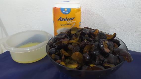 Los ingredientes necesarios para hacer la mermelada de ciruela en Mambo Cecotec