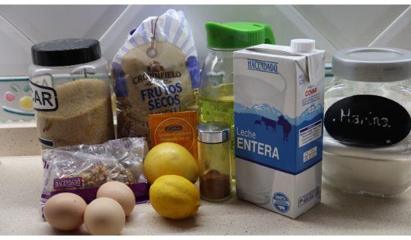 Los ingredientes necesarios para hacer la muffins de cereales