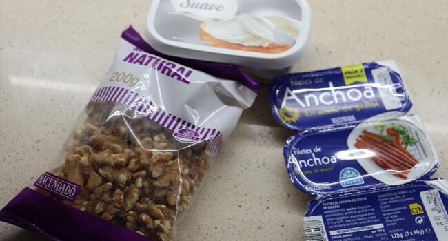 Los ingredientes necesarios para hacer paté de anchoas en Thermomix