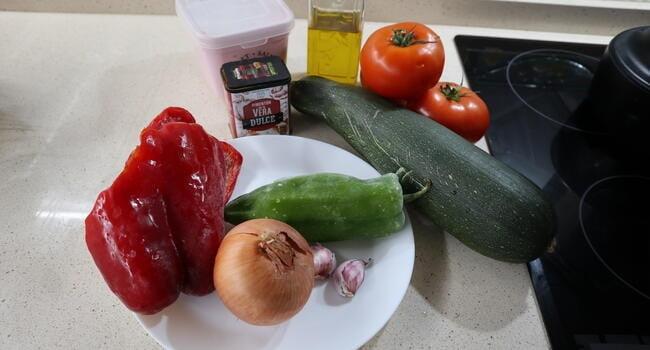 Los ingredientes necesarios para hacer pisto casero con Mambo