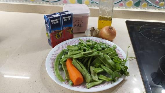 Los ingredientes necesarios para hacer verduras guisadas con la olla GM