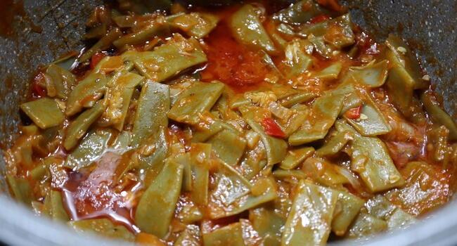 Como elaborar la receta de judías verdes con pisto casero