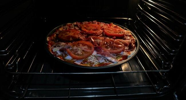 Horneamos nuestra pizza durante 25 minutos