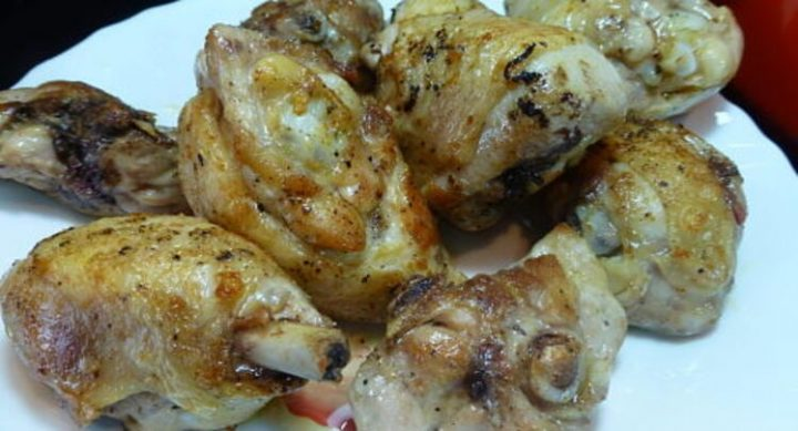 Dorar el pollo en la sartén