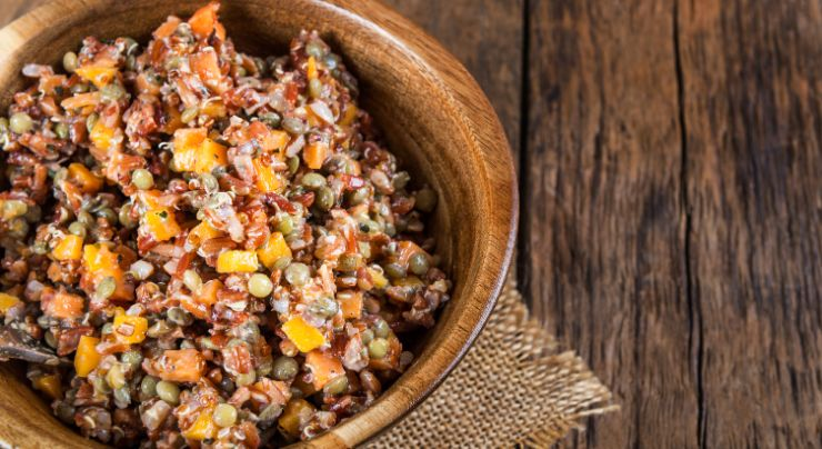 Plato preparado con quinoa