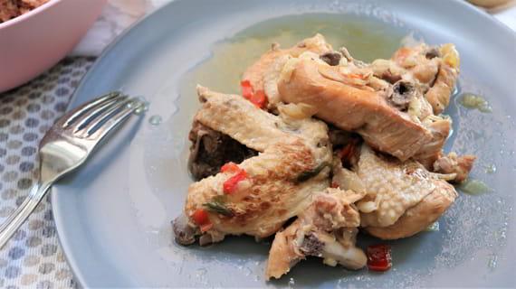 Como hacer la receta tradicional de pollo en salsa