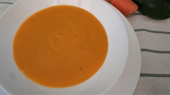 Receta de puré de pure con patatas y zanahorias con Mambo