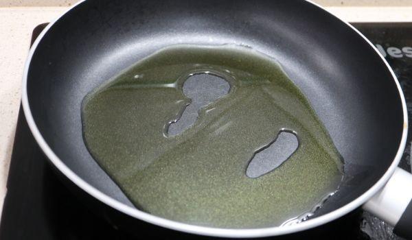 Ponemos el aceite para calentar