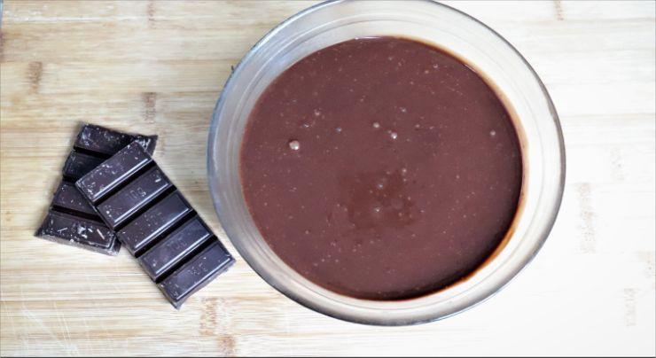 Hacer con Thermomix el ganache de chocolate negro
